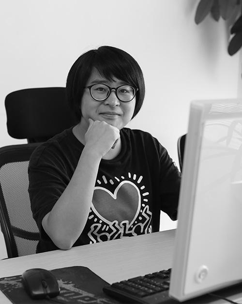Xiaoxian Luo